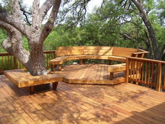 Banci si terasa de lemn in gradina facute pe comanda