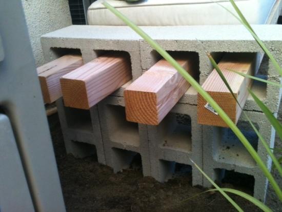Construire laterala bancuta de curte