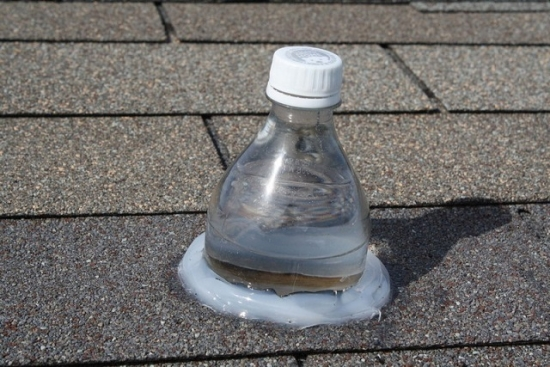 Bec lumina solara in acoperis