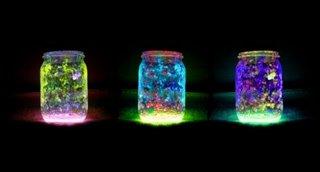 Lumini fluorescente pentru intuneric