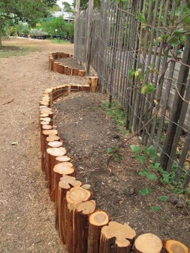 Borduri busteni lemn