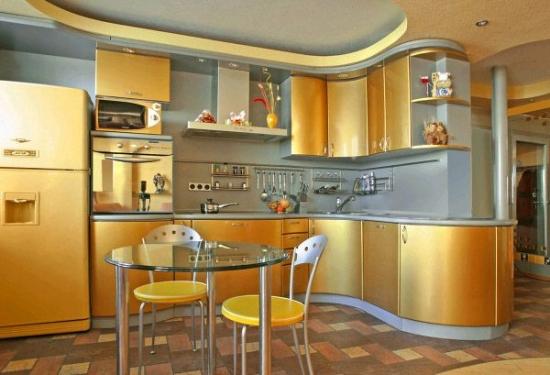 Bucatarii moderne cu auriu - idei originale pentru amenajari inspirate