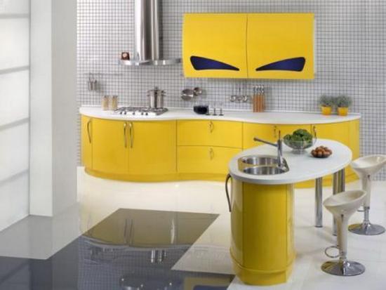 Bucatarii galbene in modele si stiluri diferite+ GALERIE FOTO