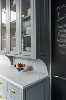 Bufet de bucatarie  din lemn culoare gri