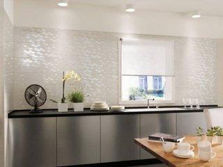 Faianta glazurata cu aspect lucioas speciala pentru zona de lucru din bucatarie