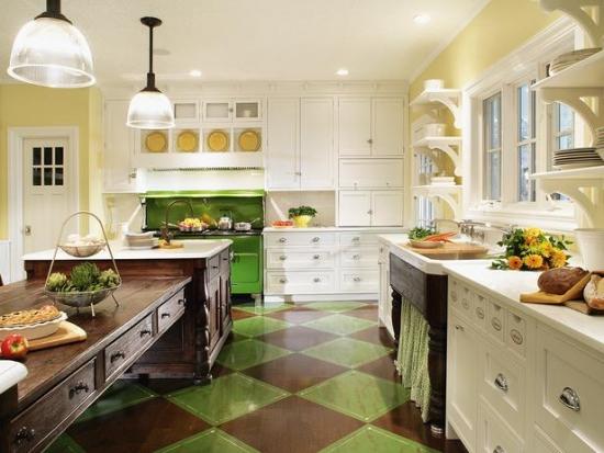 Gresie model sah cu verde si maro in bucatarie stil vintage rustic
