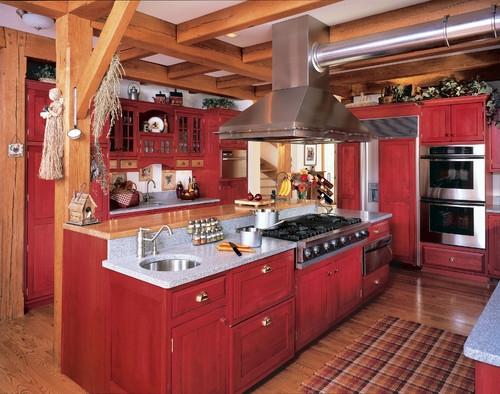 Bucatarie cu mobila rosie in stil rustic