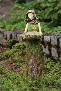 Bustean transformat in figurina femeie