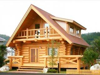 Cabana din lemn cu mansarda