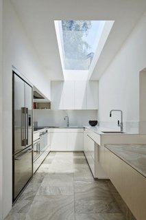 Bucatarie cu luminator in tavan