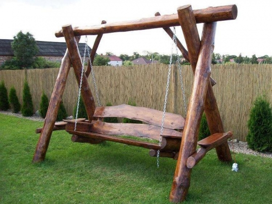 Balansoar tip leagan din lemn model rustic