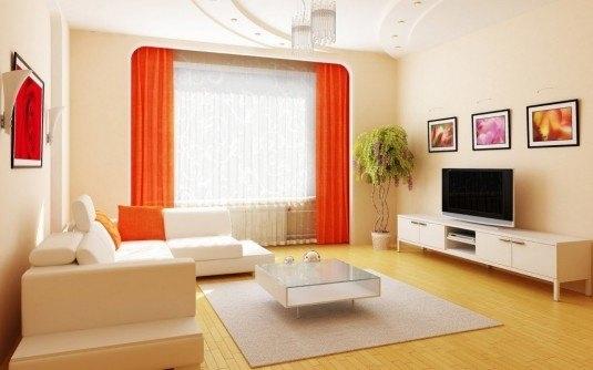 Perdele albe transparente alaturi de draperii portocalii
