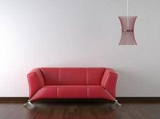 Canapea din piele culoare rosie stil modernist