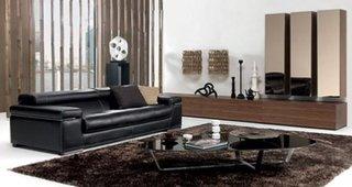 Living modern cu canapea neagra din piele