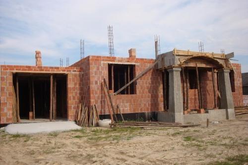 Constructie casa din caramida etapa parter