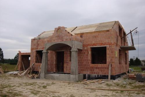 Constructie intrare in casa