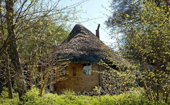 Model de casa din lut