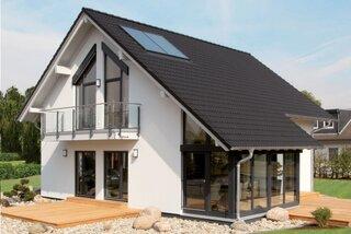 Model casa moderna cu mansarda