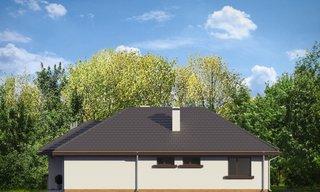 Spate casa cu ferestre dormitor