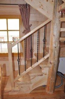 Scara interioara cu lemn si fier forjat