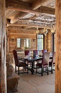 Zona de dining rusic foarte eleganta