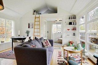 Livingroom casa mica din lemn