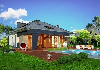 Casa cu mansarda si terasa mare de lemn