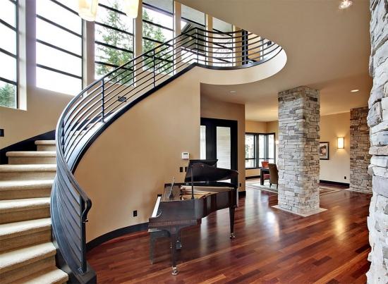 Amenajare hol cu casa scarii