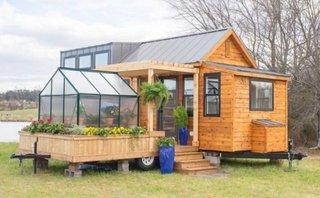 Casa frumoasa pe roti