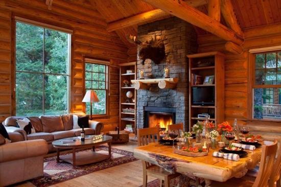 Masa de bucatarie din busteni de lemn