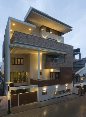 Casa moderna cu doua etaje