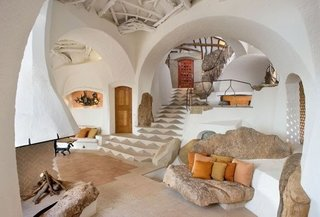 Interior casa ecologica din lut