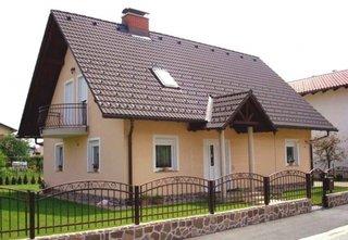 Casa clasica cu mansarda