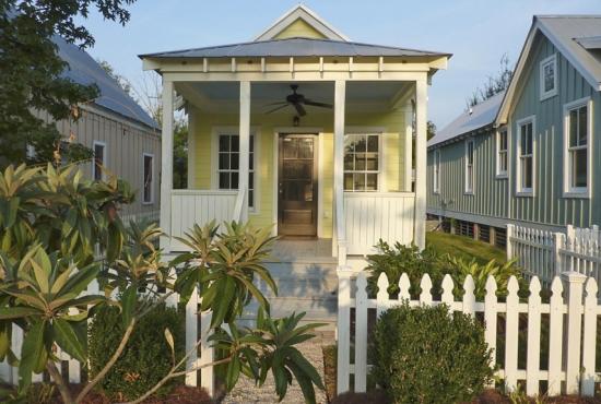 Casa mica din lemn ieftina si rapid de construit
