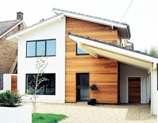 Fatada casa ingusta