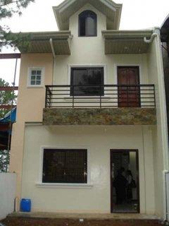 Proiect casa ingusta cu alipire la calcan