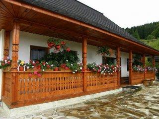 Arhondaric Manastirea Sihastria Putnei