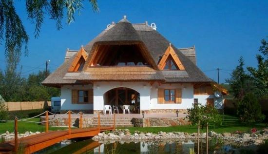 Casa construita in stil traditional