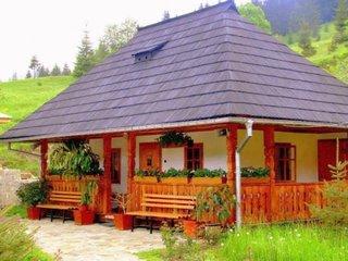 Casa romaneasca cu ceardac
