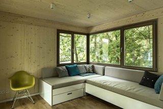 Pereti placati cu lemn in casa de vacanta