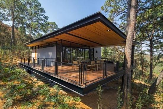 Casa de vacanta moderna
