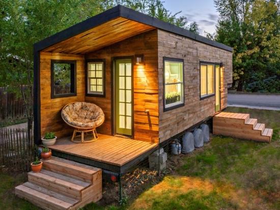 Casa mica construita ieftin