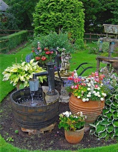 Aranjament decorativ rond de flori