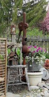 Cismea de gradina cu pompa