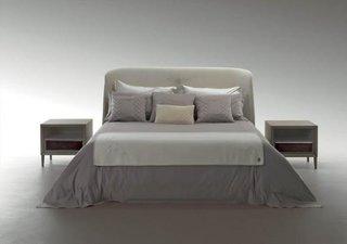 Dormitor de lux in nuante neutre realizat de Bentley