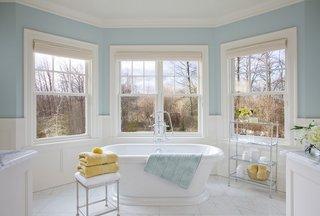Baie clasica alb cu bleu