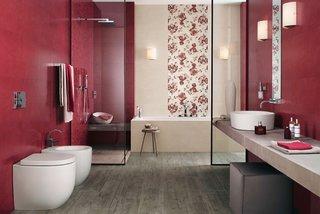 Rosu si alb combinatie pentru baie