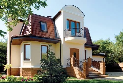 Casa pe teren ingust