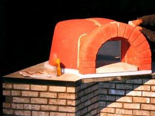 Montare cupola cuptor pizza