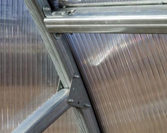 Solar cu structura metalica